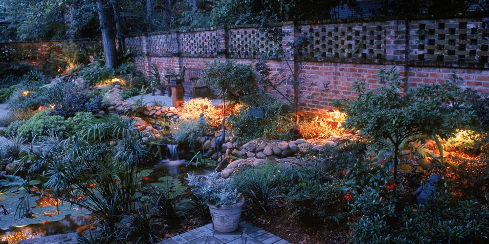 courtyard lighting installer Charleston SC