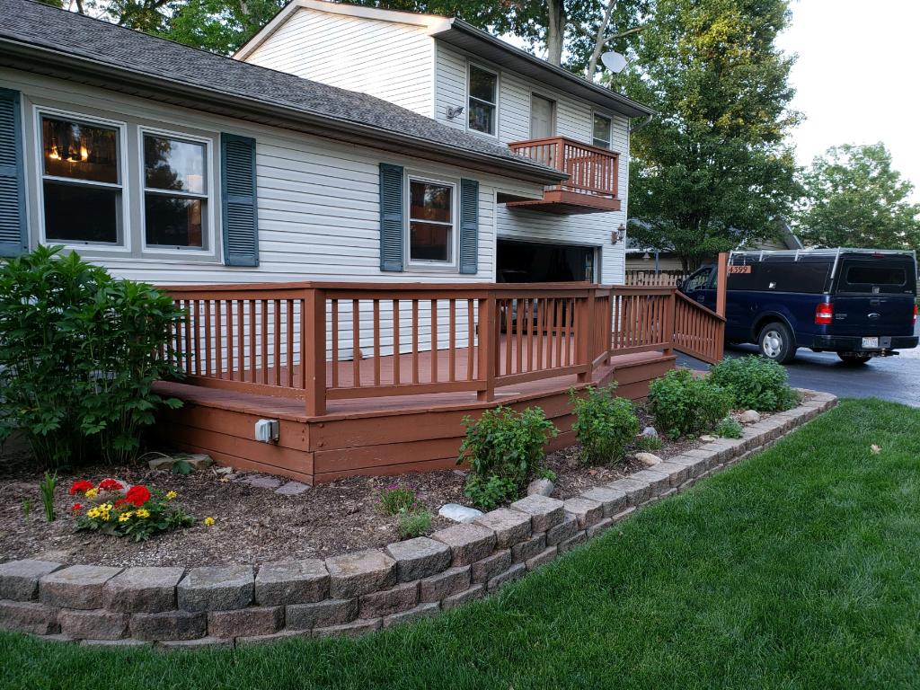 Existing-deck-before-we-removed-and-replaced-with-a-custom-hardscape