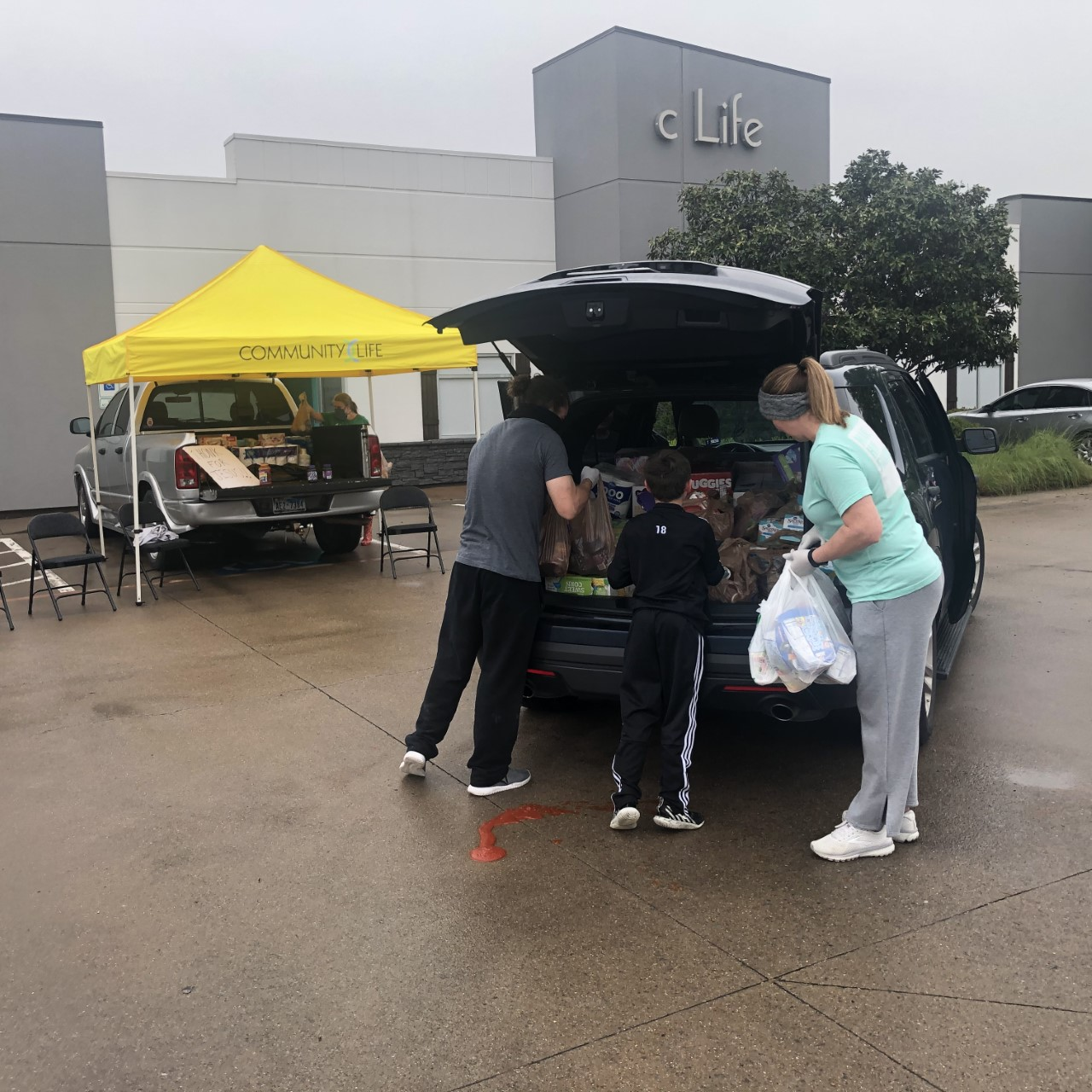 Dropping-off-donation-at-CLife-in-Forney-TX