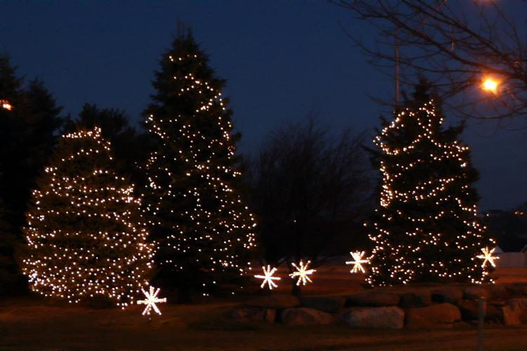 New Jersey Holiday Outdoor Lighting
