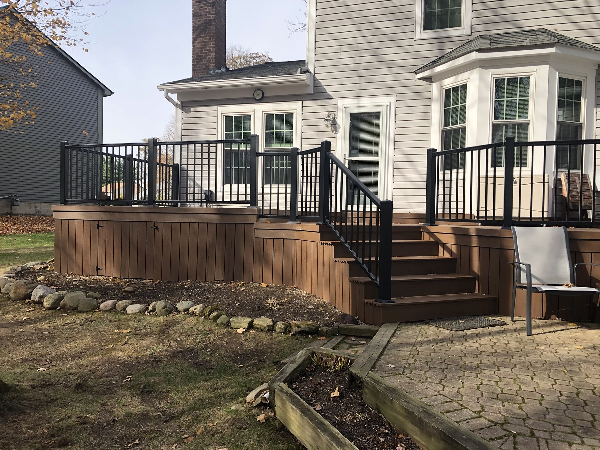 Beautiful-new-low-maintenance-deck-addition-in-Gahanna-OH