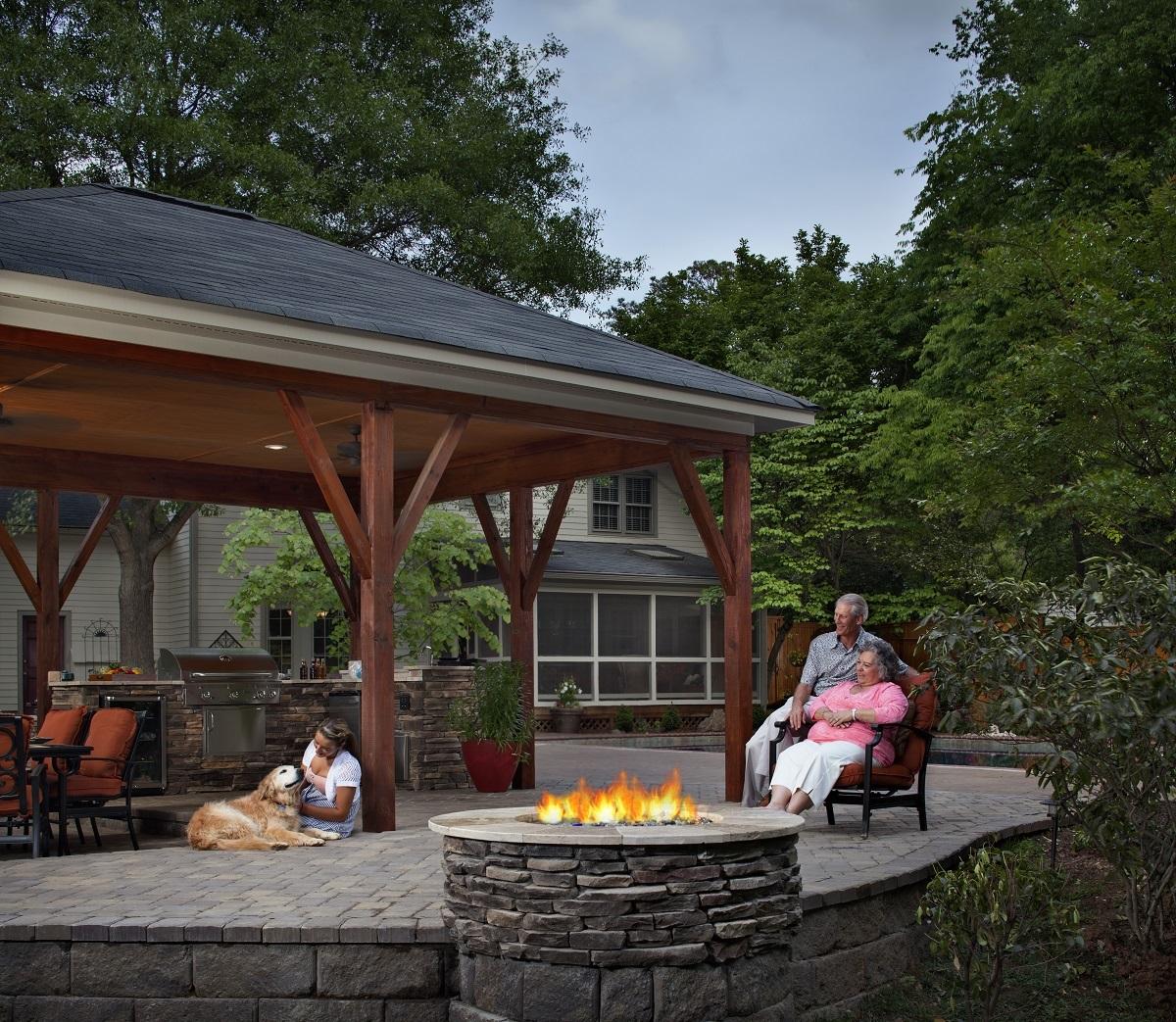 Nashville Outdoor Kitchen Designs
