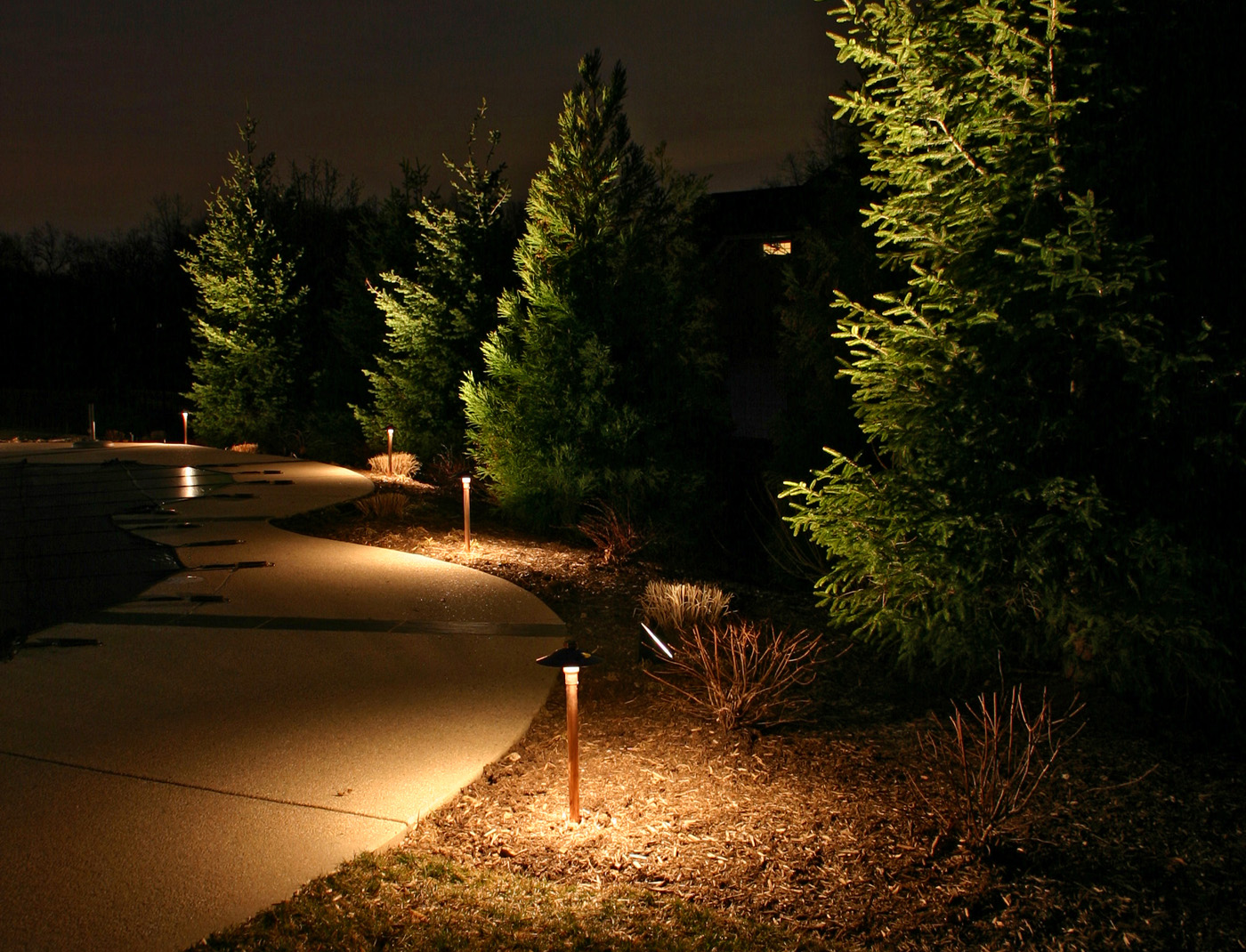 How to make minneapolis led landscape lighting an integral part of highlight focal features aloadofball Images