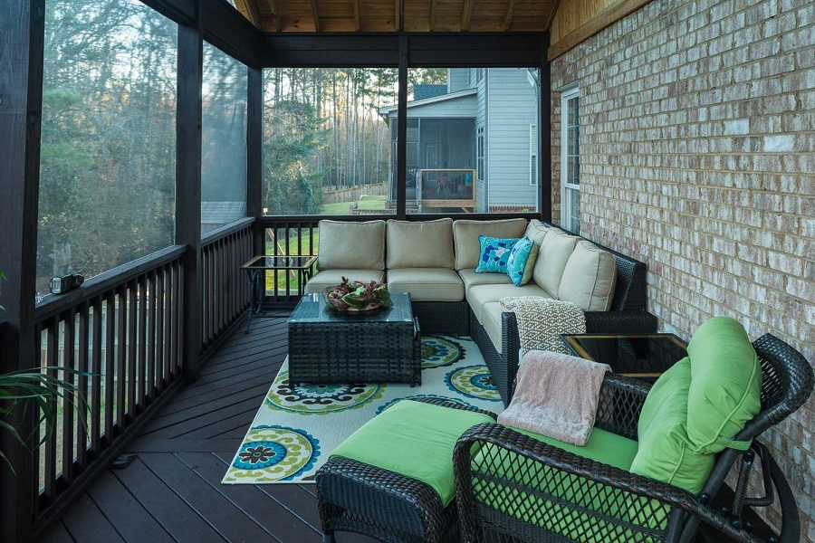 Columbia-SC-screened-porch-interior