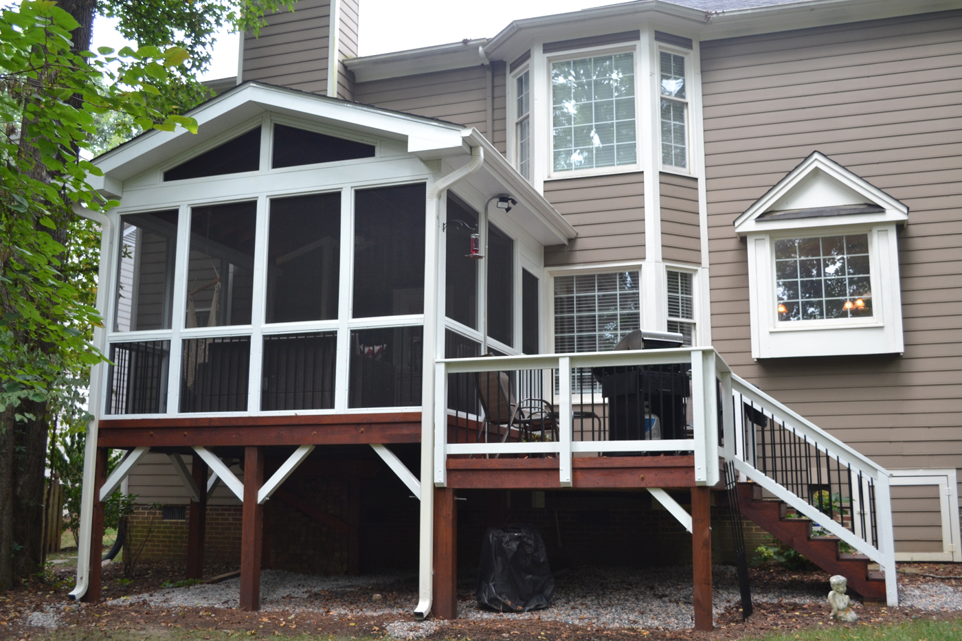 Additionally, The Enclosed Porch Also Gave Her An Outdoor Space With A  Sense ...