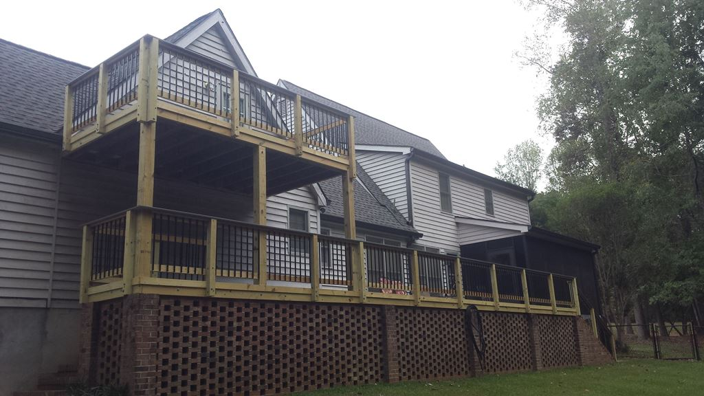 Beautiful-redecking-project-in-Monroe-County-by-Archadeck-of-Central-Georgia