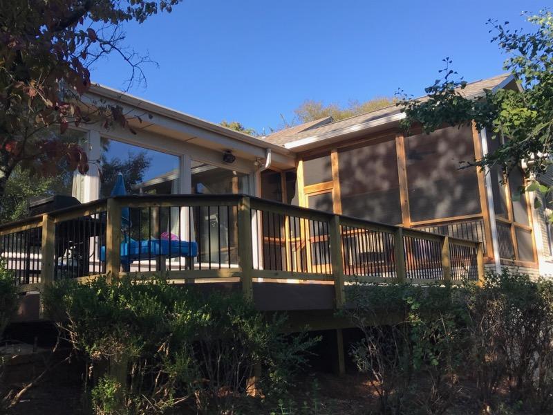Beautiful-deck-and-cedar-screened-porch-addition-by-Archadeck-of-Birmingham