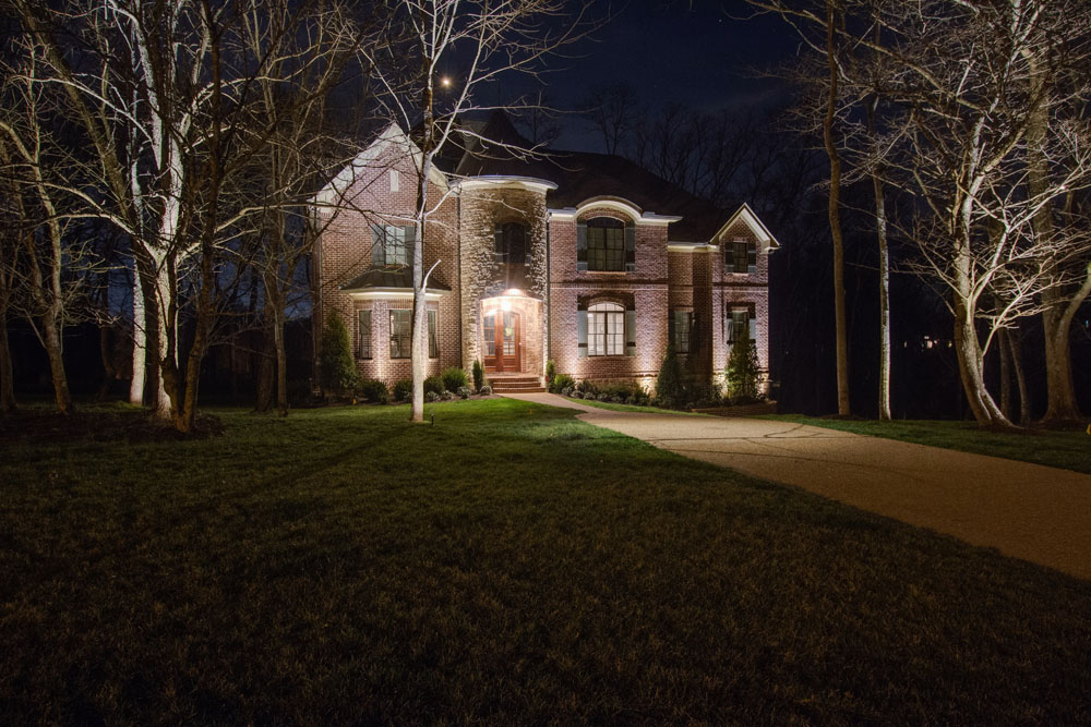 professional landscape lighting contractors