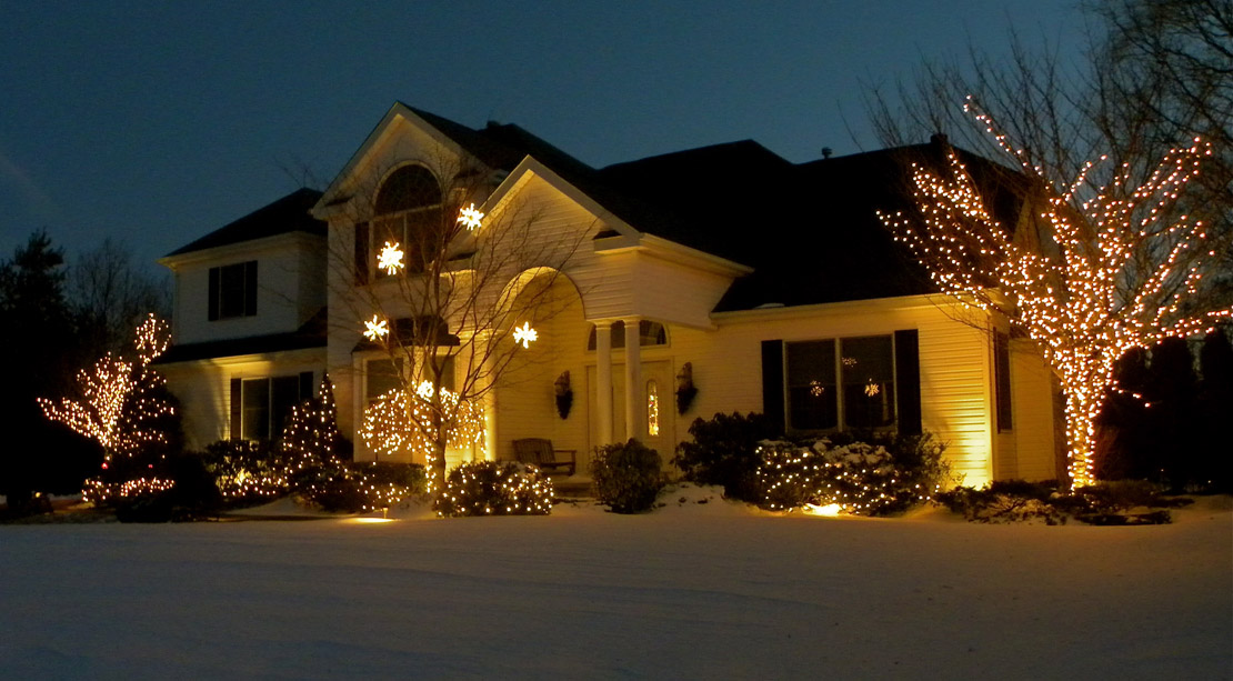 christmas is coming upon us fast and the time needed to design order and schedule your installation is limited call today to begin your christmas lighting - Professional Outdoor Christmas Decorations