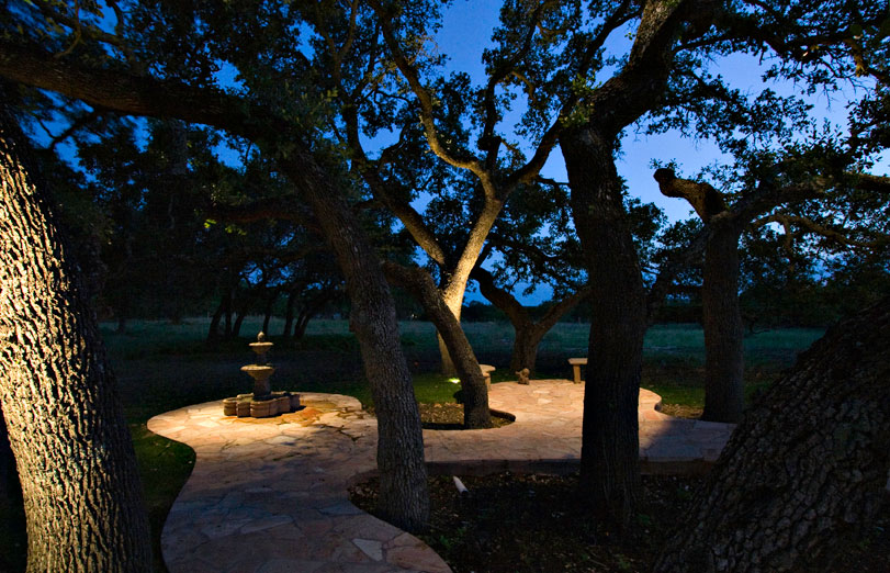 spring-texas-outdoor-lighting-ideas