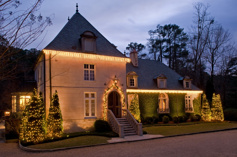 Festive Holiday Lighting with Outdoor Lighting Perspectives