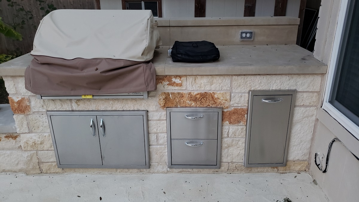 Round-Rock-outdoor-kitchen