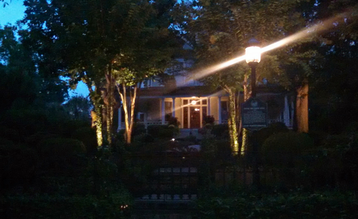 To Meet The Guidelines As Set Forth By The Historical Foundation, We Could  Not Illuminate The Columns On The Queen Anne Porch. To Accomplish Our  Outdoor ...
